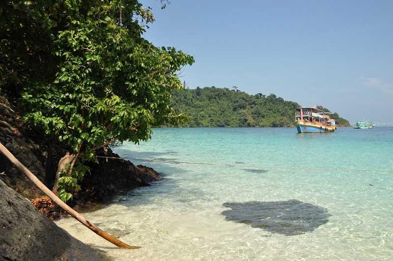 Остров Ко Чанг пляж Кай Бей развлечения