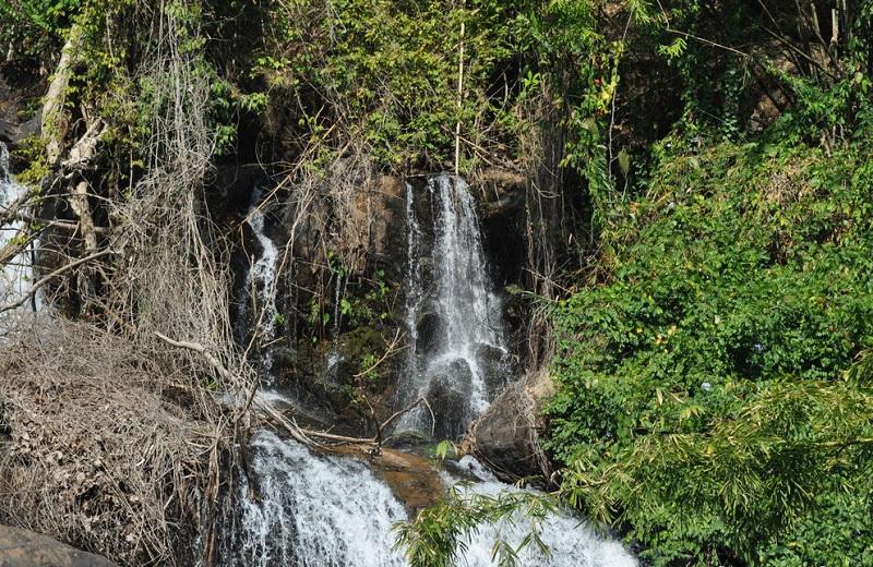 Остров Панган Тайланд водопад Паенг