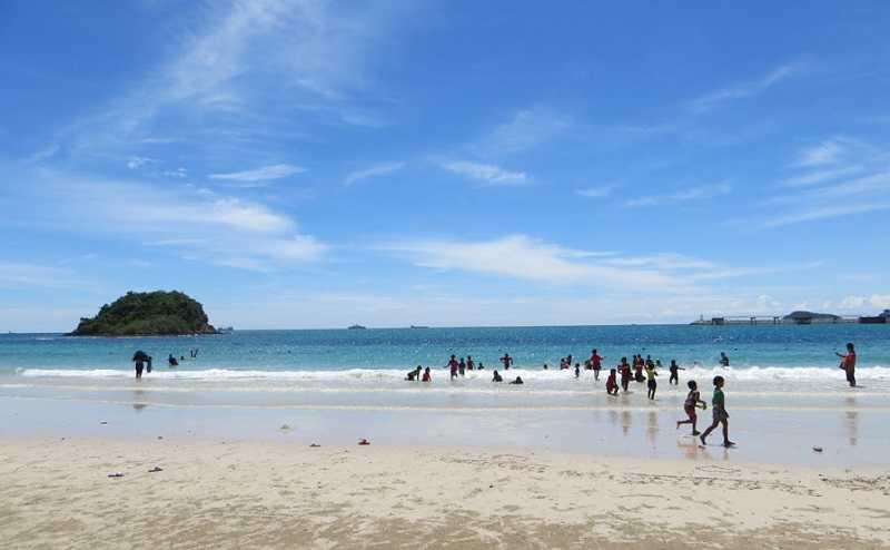 Паттайя пляж Хат Нанг Рам первая частья пляжа