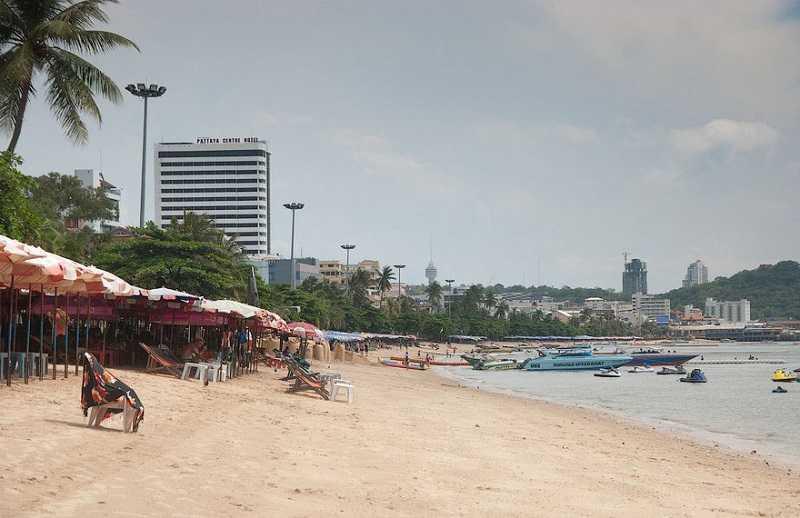 Паттайя пляж Кози Бич