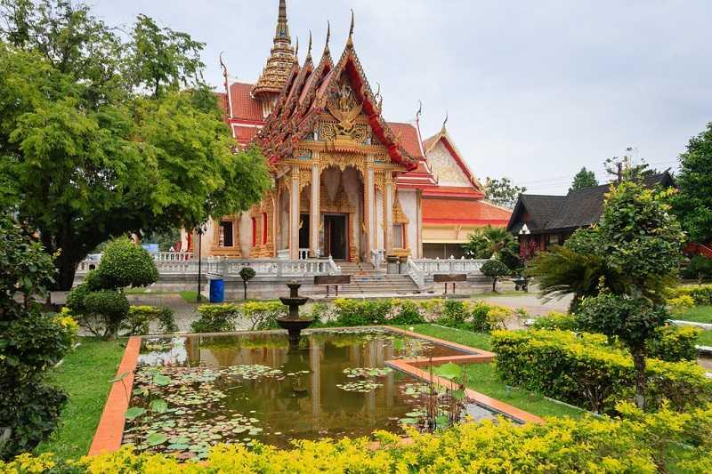 Пхукет Храм Чалонг