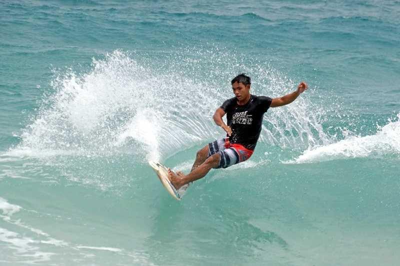 Пхукет пляж Ката серфинг
