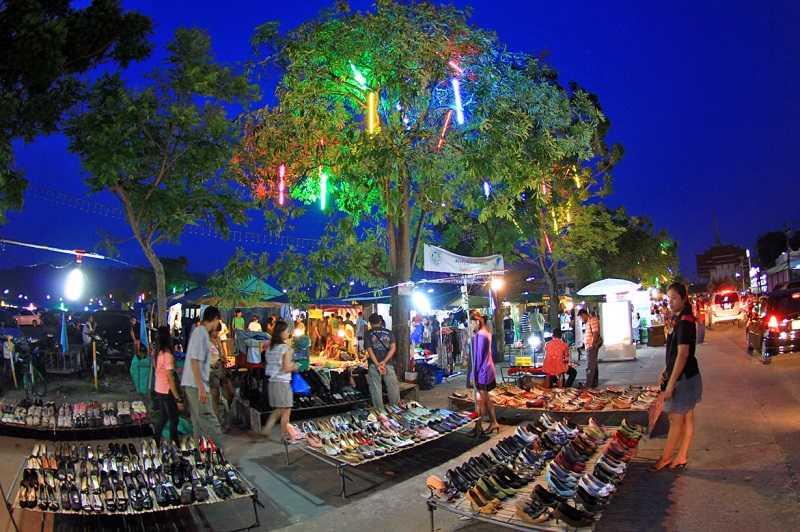 Пхукет рынок The Weekend Market