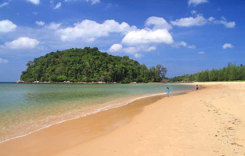 Пхукете пляж Лаян пустынный пляж