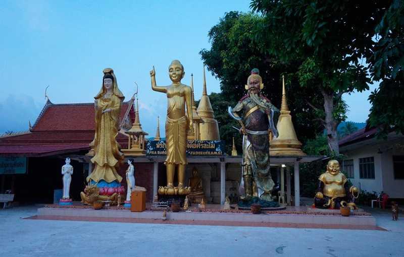Пляж Ламай на Самуи храм Ват Ламай