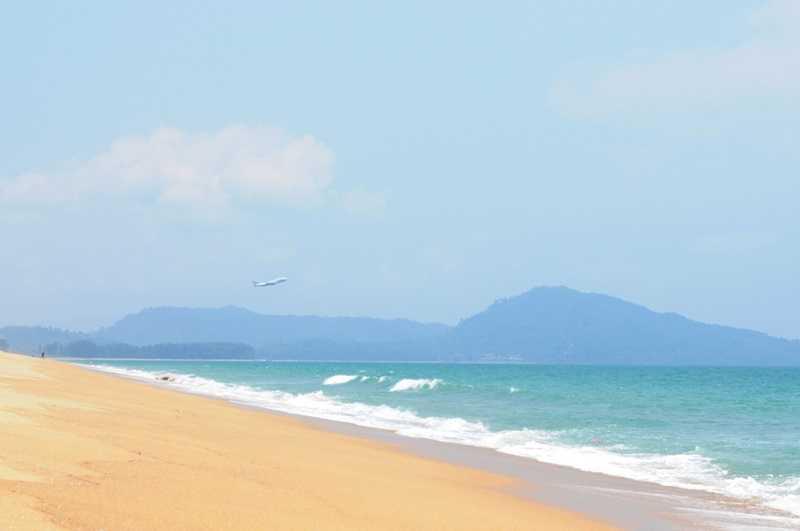 Пляж Май Као Пхукет берег