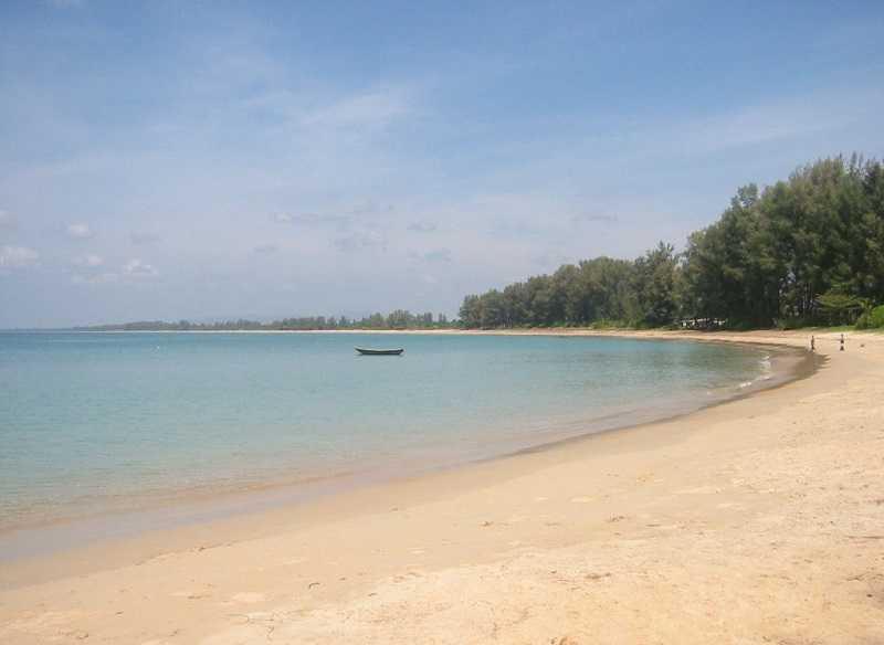 Пляж Май Као Пхукет протяженность