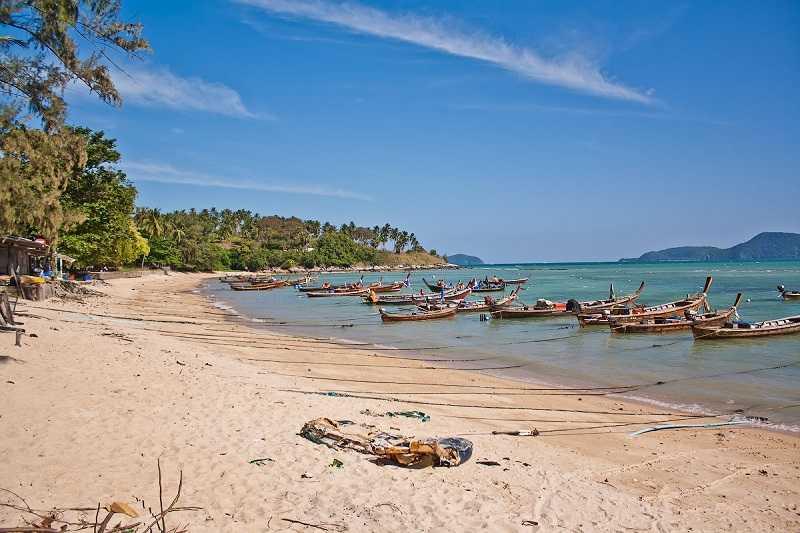 Пляж Рывай Рыбный рынок