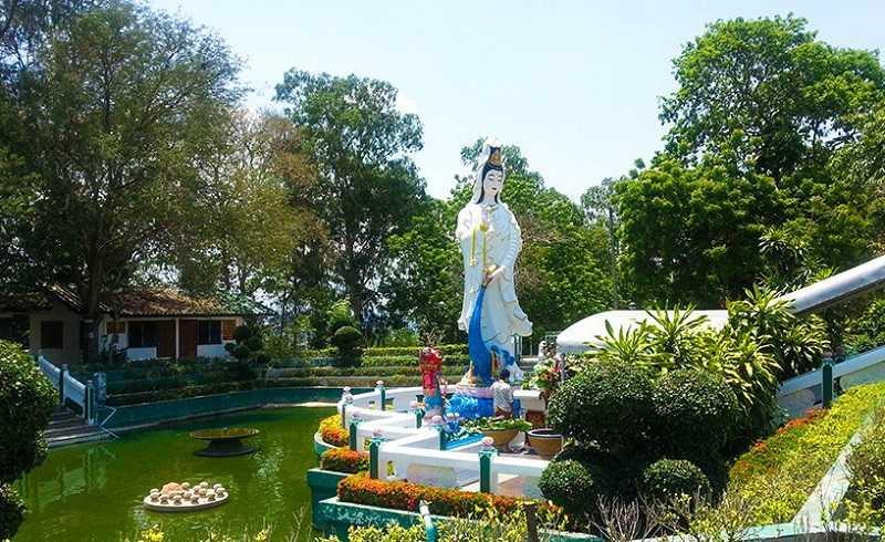 Пратамнак Будда Хилл китайский сад