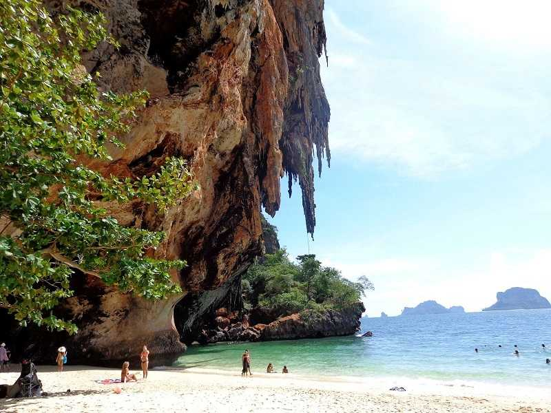 Рейли пляж Тонсай скалолазание