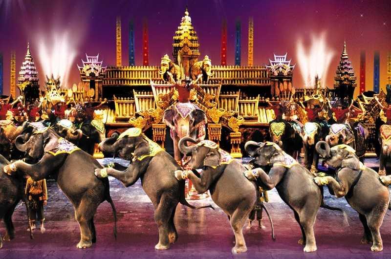 Шоу Сиам Нирамит на Пхукете2