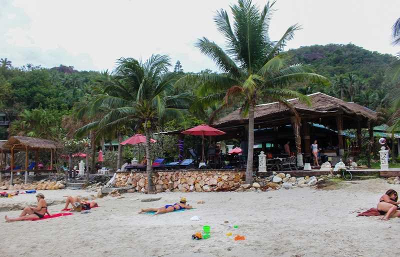 Самуи пляж Кристал Бей кафе