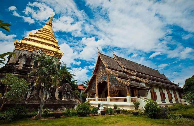 Таиланд город Чианг Май храм Пратат Дои Сутхеп