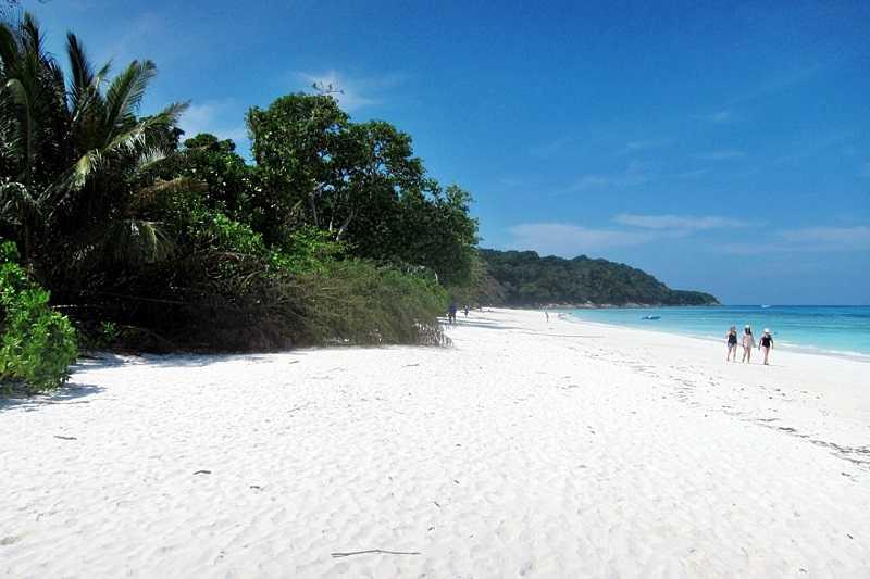 Thailand-Rent-Car-Similan-island-beach