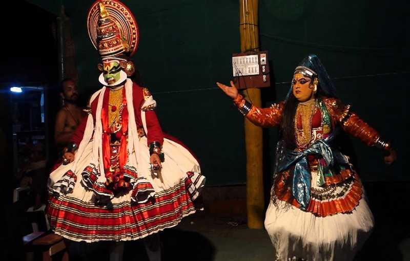 Варкала театр Катхакали