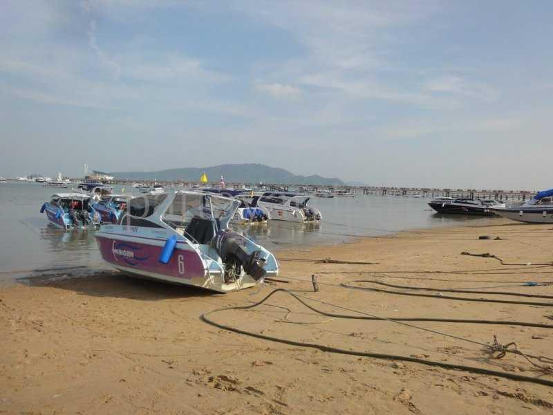 Ват Чалонг Пхукет пляж