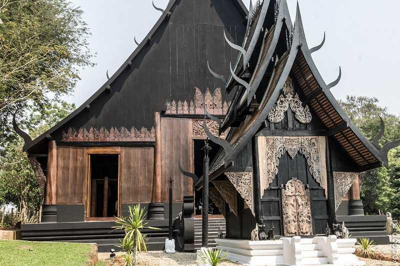 город Чианг Черный храм