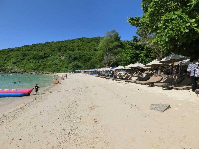 остров Ко Лан пляж Манки Бич