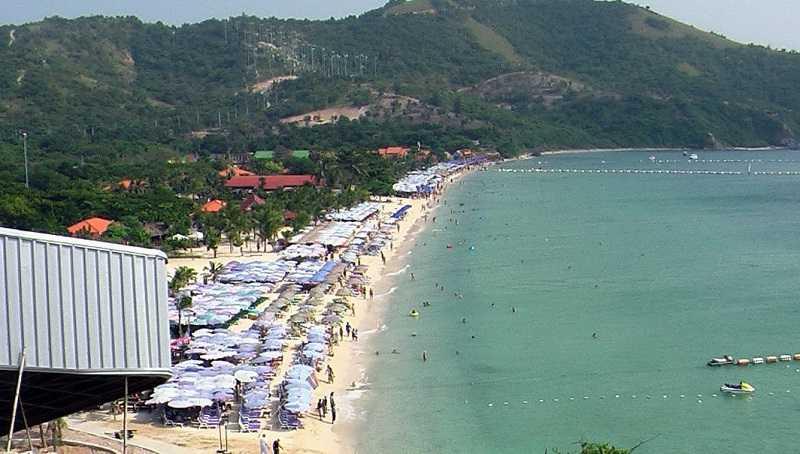 остров Ко Лан пляж Тонглан