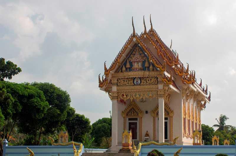 остров Самуи храм Кхун Арам