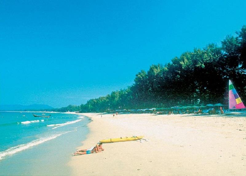 пляж Амора бич Пхукет