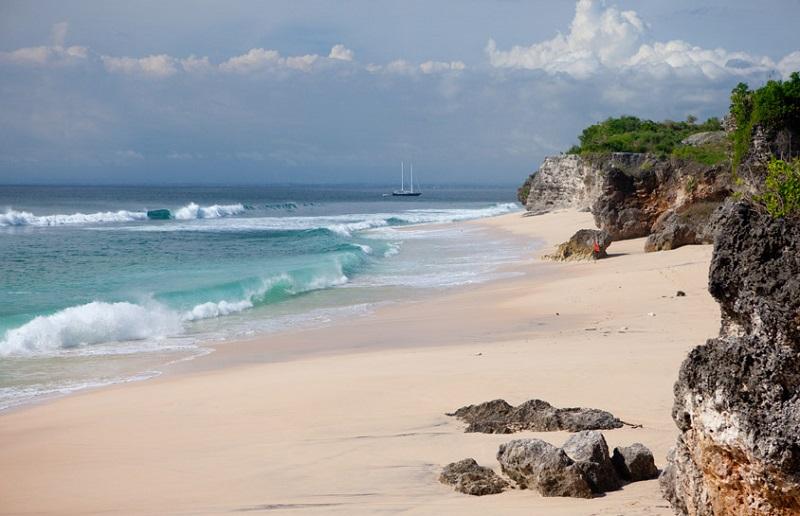 пляж Бали Паданг-Паданг
