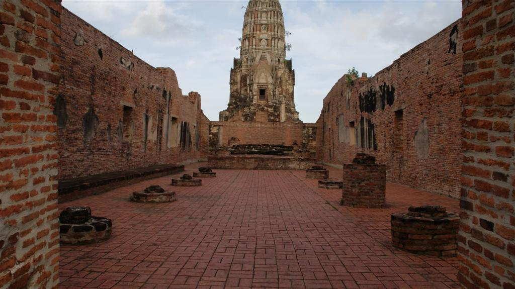 Wat Ratchaburana ват чатчабурана